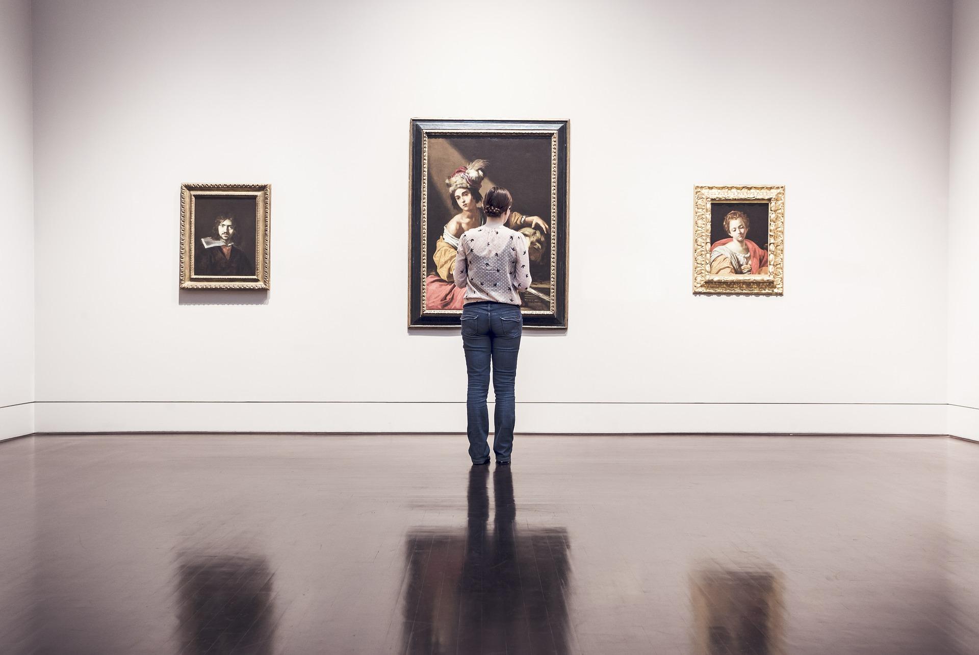 montar una exposición de arte